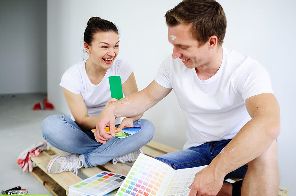 Choosing paint colors for living rooms what you need to know - What do you need to paint a room ...