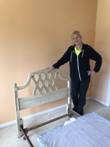 Bedroom_furniture_painting
